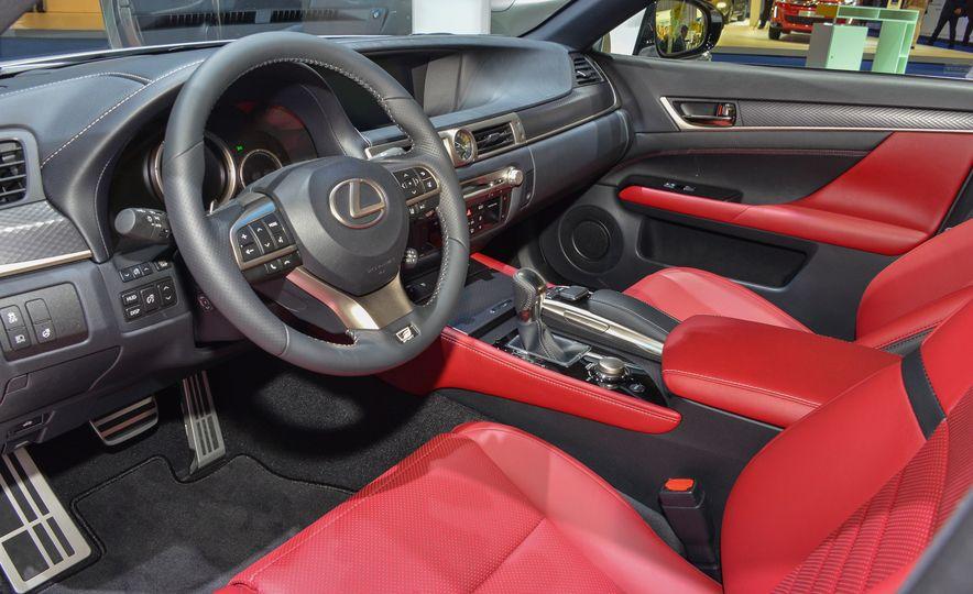 2016 Lexus GS200t - Slide 7