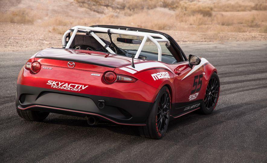 2016 Mazda MX-5 Miata Cup race cars - Slide 15