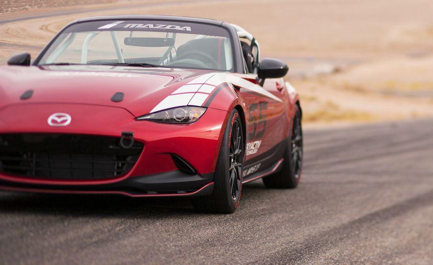 2016 Mazda MX-5 Miata Cup race cars - Slide 17