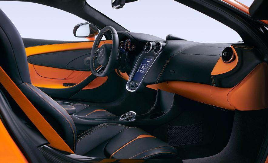 2016 McLaren 570S - Slide 25