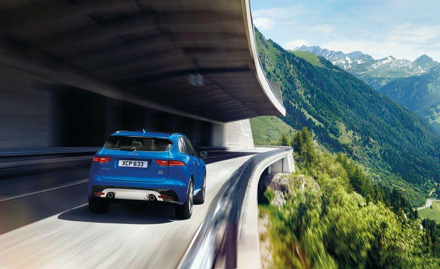 2017 Jaguar F-Pace - Slide 39