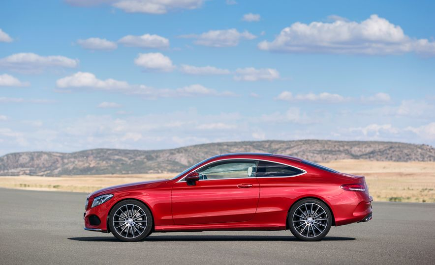 2017 Mercedes-Benz C300 coupe - Slide 34