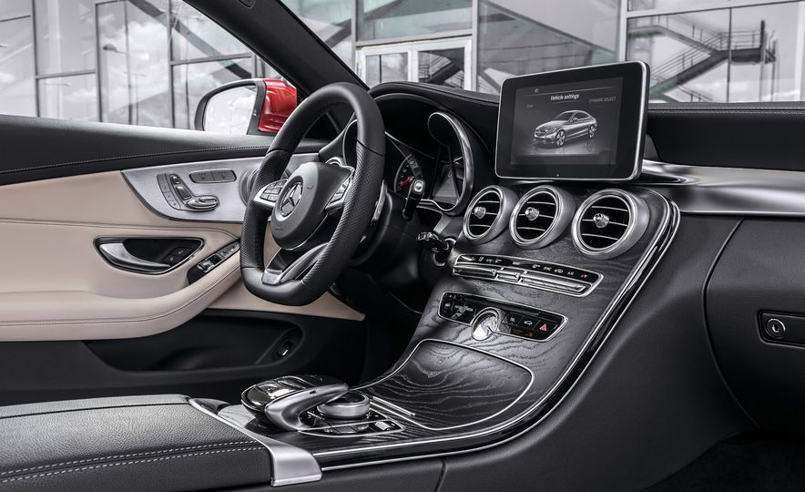 2017 Mercedes-Benz C300 coupe - Slide 36