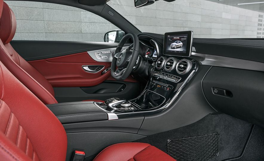 2017 Mercedes-Benz C300 coupe - Slide 12