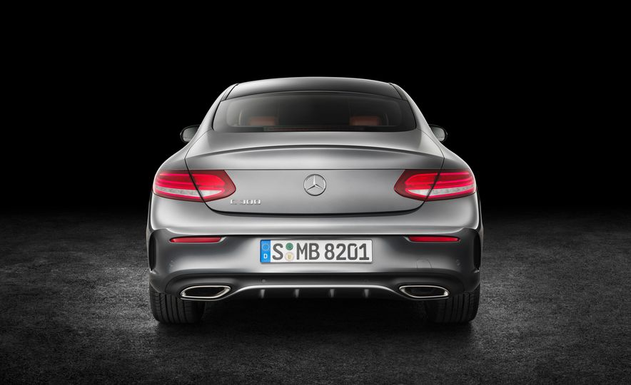 2017 Mercedes-Benz C300 coupe - Slide 17