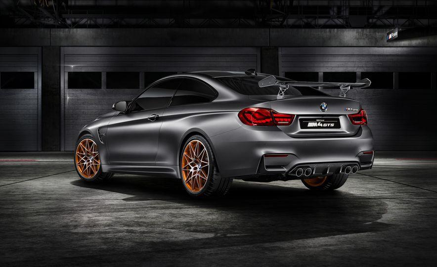 BMW M4 GTS concept - Slide 18