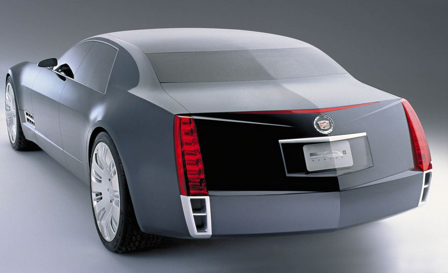 Exceptional Conceptual: The Greatest Concept Cars of All Time, Volume I - Slide 19