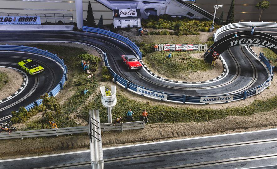David Beattie Makes the World's Most Extravagant and Realistic Slot-Car Tracks - Slide 5