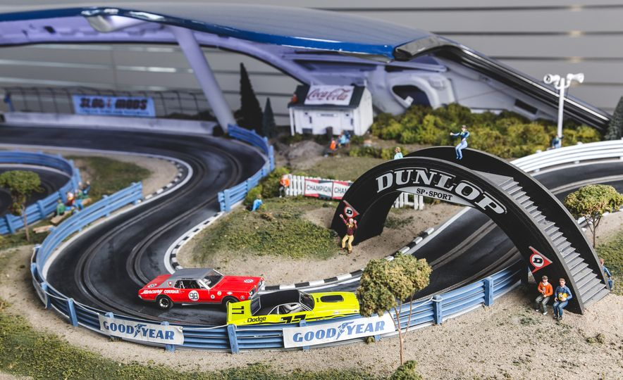 David Beattie Makes the World's Most Extravagant and Realistic Slot-Car Tracks - Slide 11