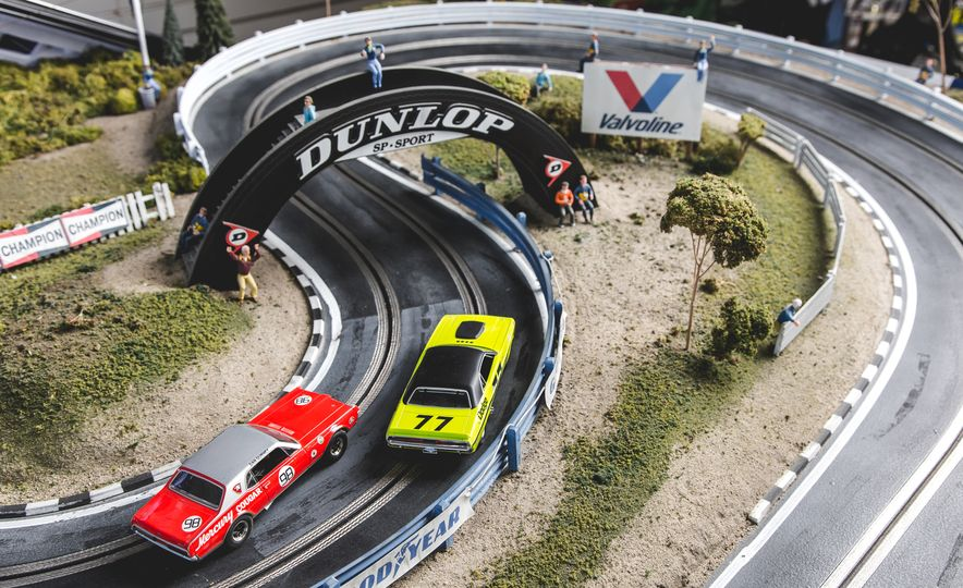 David Beattie Makes the World's Most Extravagant and Realistic Slot-Car Tracks - Slide 13