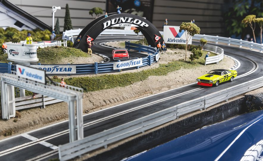 David Beattie Makes the World's Most Extravagant and Realistic Slot-Car Tracks - Slide 15