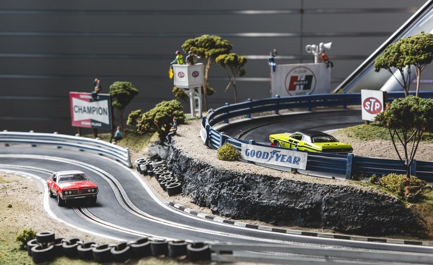 David Beattie Makes the World's Most Extravagant and Realistic Slot-Car Tracks - Slide 16