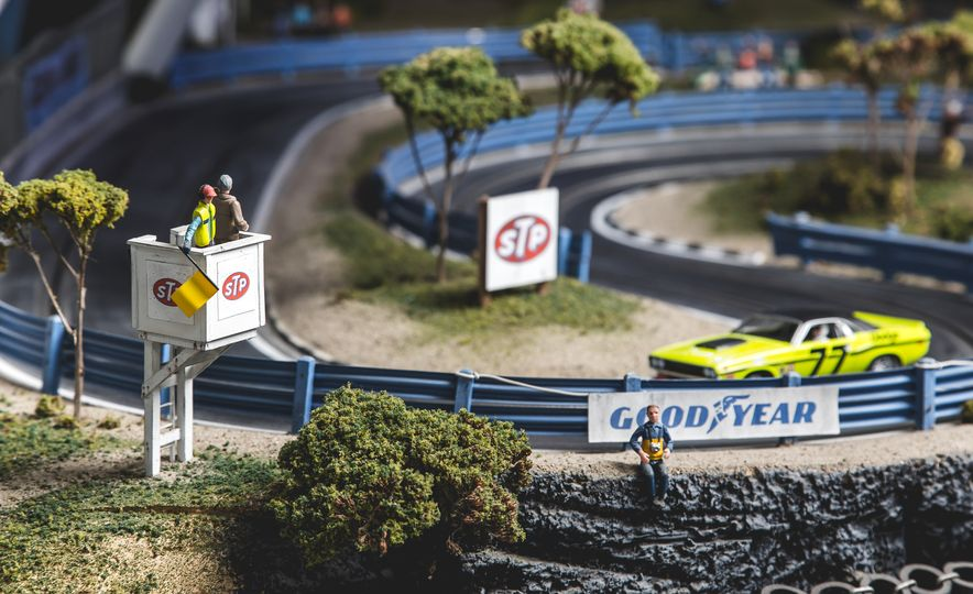 David Beattie Makes the World's Most Extravagant and Realistic Slot-Car Tracks - Slide 17