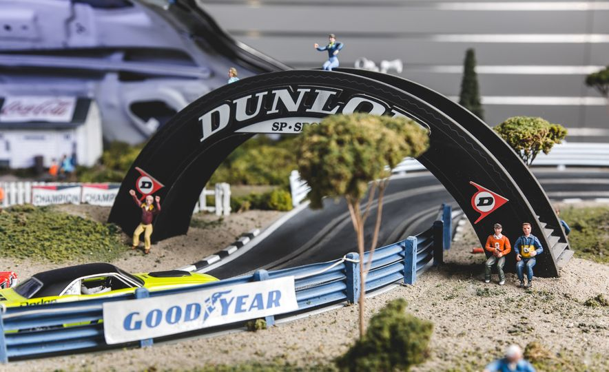 David Beattie Makes the World's Most Extravagant and Realistic Slot-Car Tracks - Slide 19