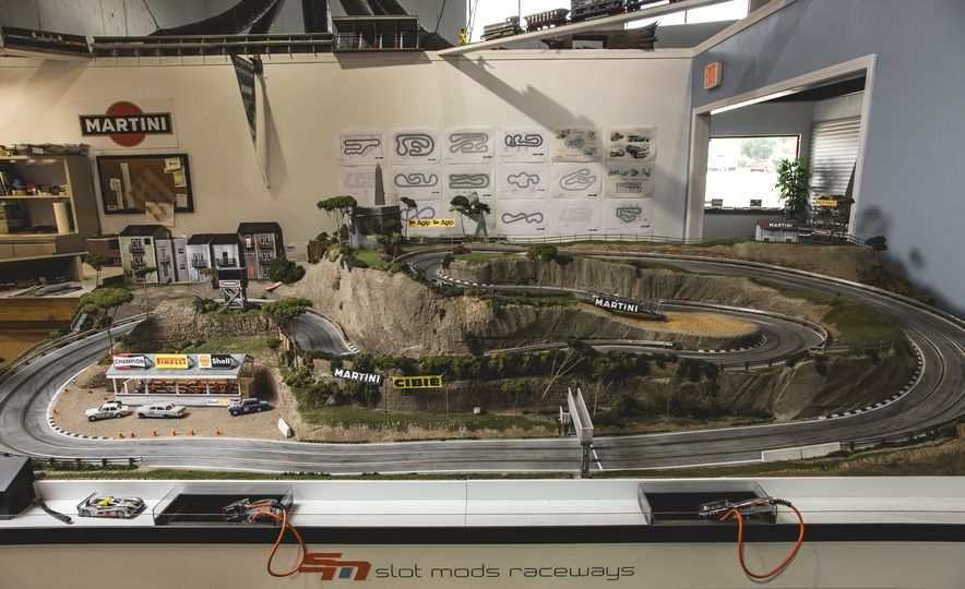 David Beattie Makes the World's Most Extravagant and Realistic Slot-Car Tracks - Slide 21
