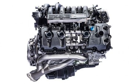Ford's Voodoo V-8 Is the Most Interesting Engine of the Year