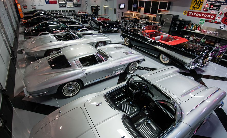 Garage Mahals: Over-the-Top Dream Garages - Slide 3