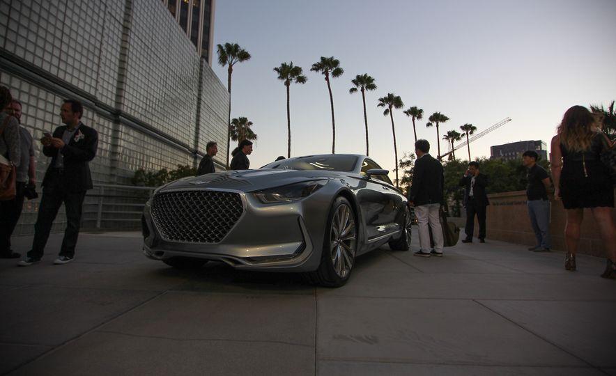 Hyundai Vision G coupe concept - Slide 1