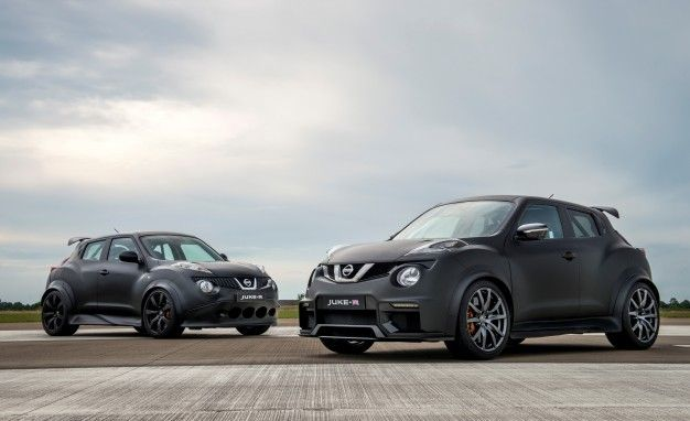 Original Nissan Juke R (background) And Nissan Juke R 2.0 (foreground).