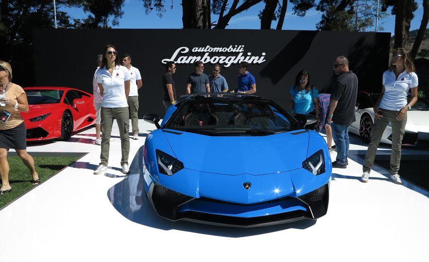 2016 Lamborghini Aventador SV Roadster - Slide 3