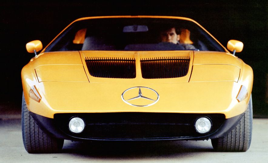 Exceptional Conceptual: The Greatest Concept Cars of All Time, Volume I - Slide 17
