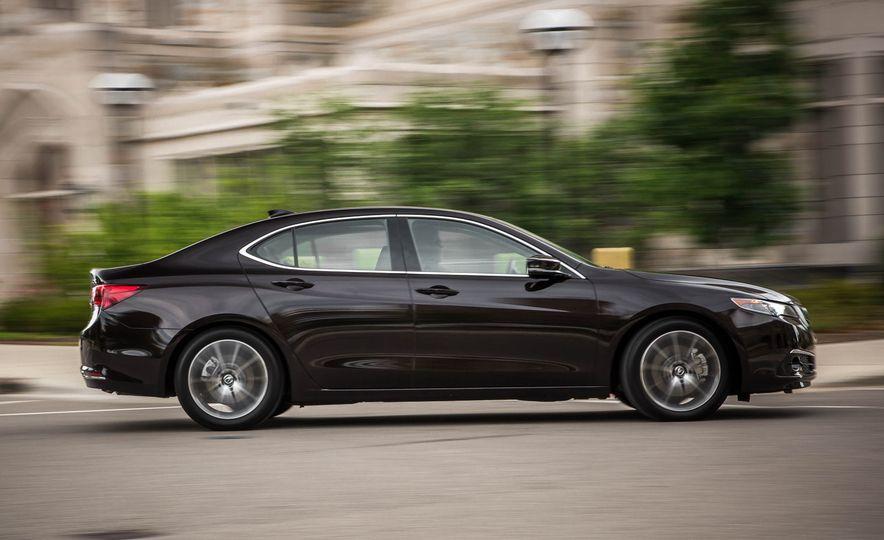 2015 Acura TLX SH-AWD - Slide 8