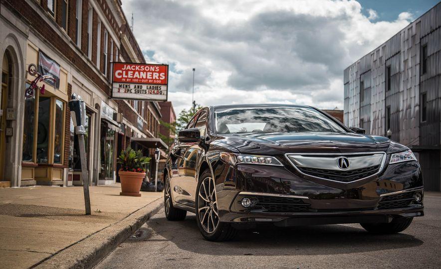 2015 Acura TLX SH-AWD - Slide 10