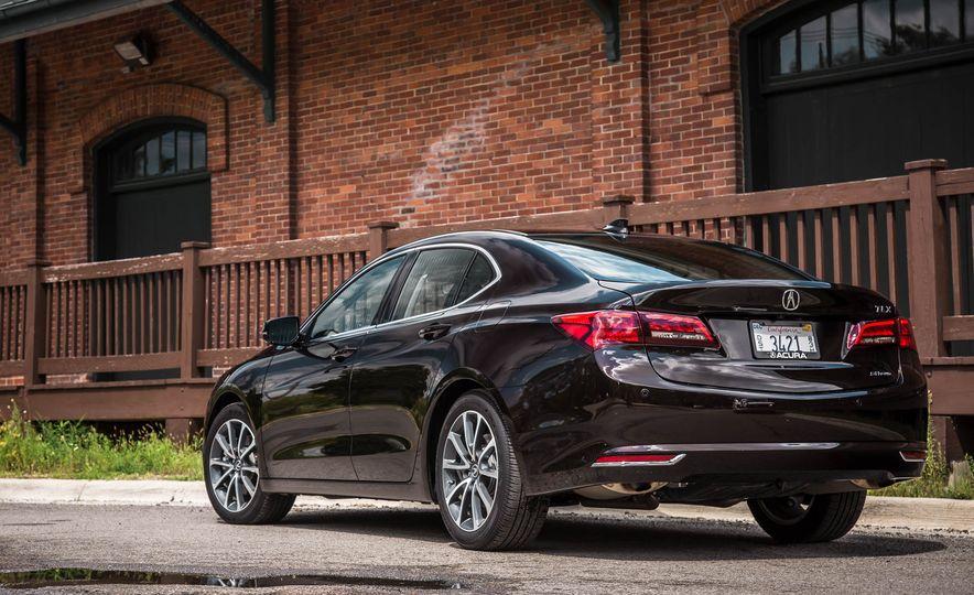 2015 Acura TLX SH-AWD - Slide 12