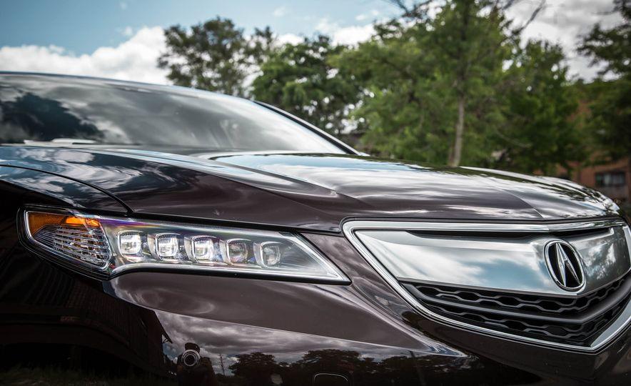2015 Acura TLX SH-AWD - Slide 13