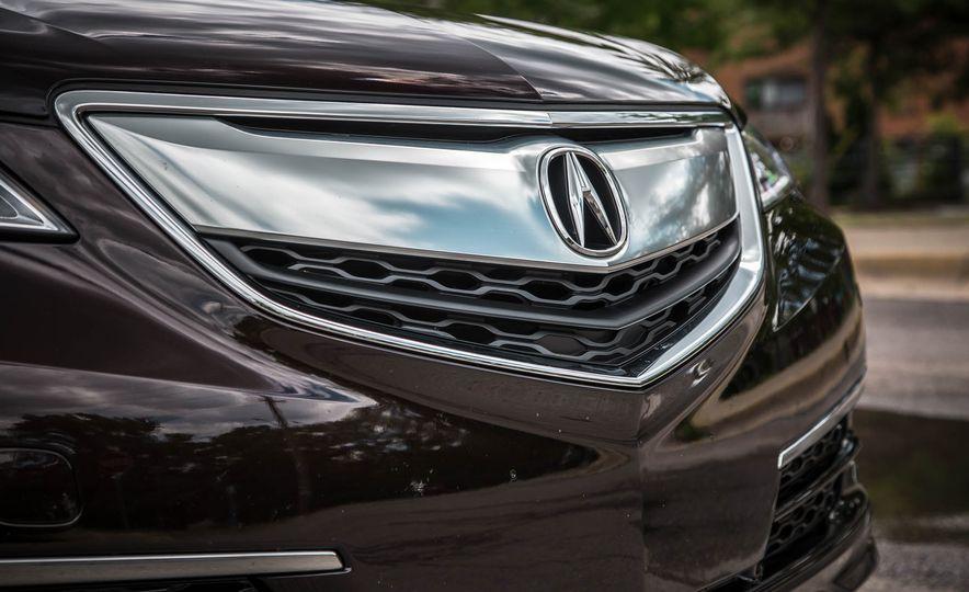 2015 Acura TLX SH-AWD - Slide 15