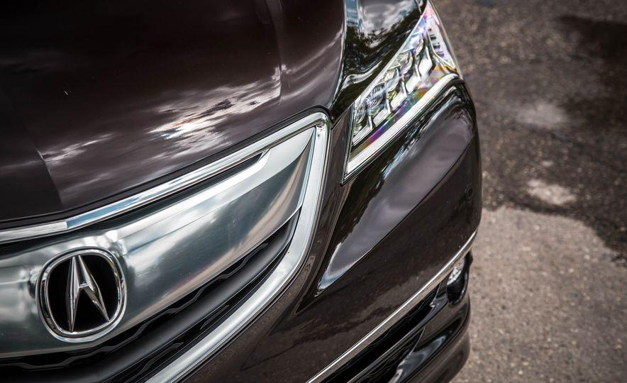 2015 Acura TLX SH-AWD - Slide 16