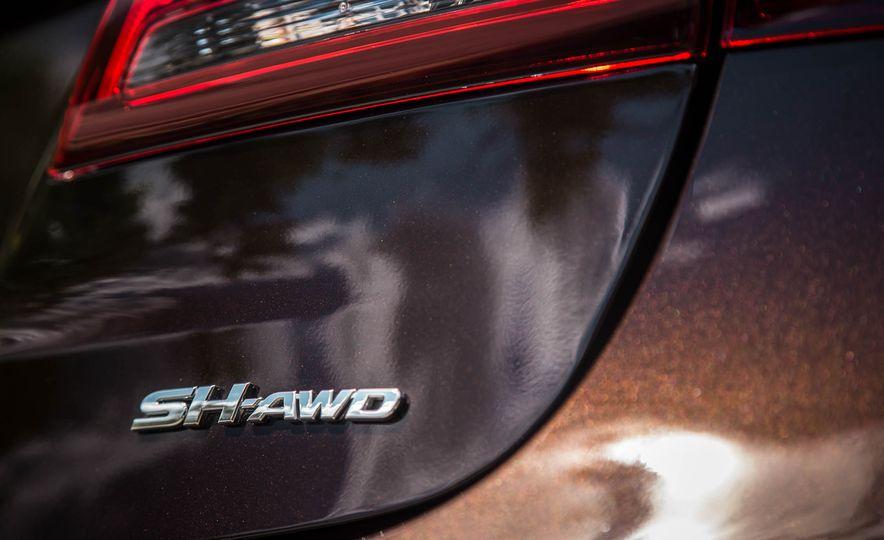 2015 Acura TLX SH-AWD - Slide 20