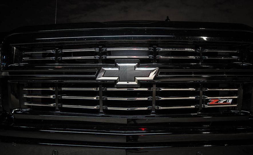 2015 Chevrolet Silverado 1500 Midnight Edition - Slide 3