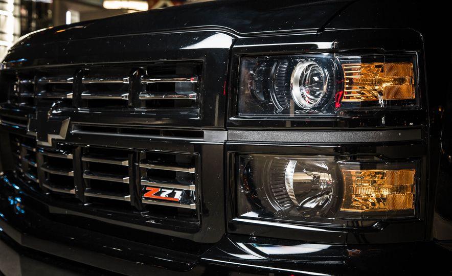 2015 Chevrolet Silverado 1500 Midnight Edition - Slide 4