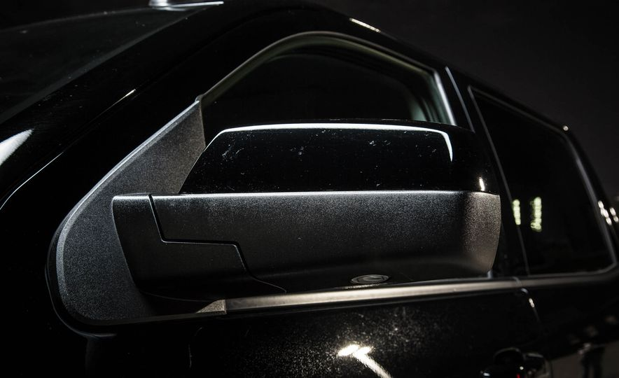 2015 Chevrolet Silverado 1500 Midnight Edition - Slide 6