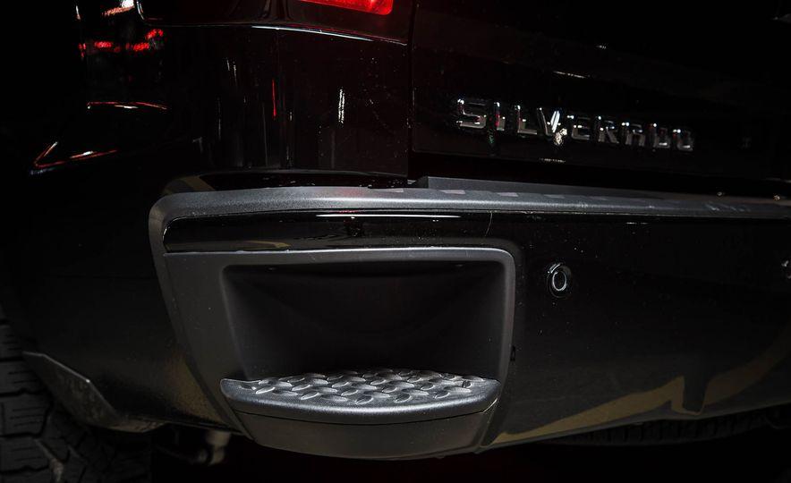2015 Chevrolet Silverado 1500 Midnight Edition - Slide 10