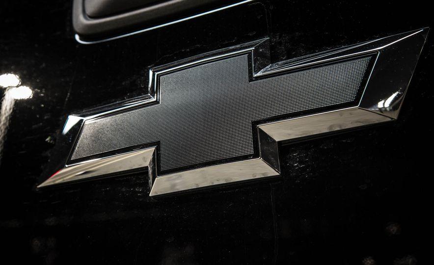 2015 Chevrolet Silverado 1500 Midnight Edition - Slide 11