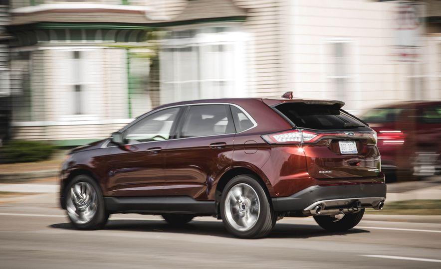 2015 Ford Edge Titanium 2.0T EcoBoost - Slide 4