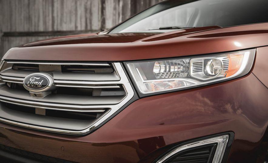 2015 Ford Edge Titanium 2.0T EcoBoost - Slide 10