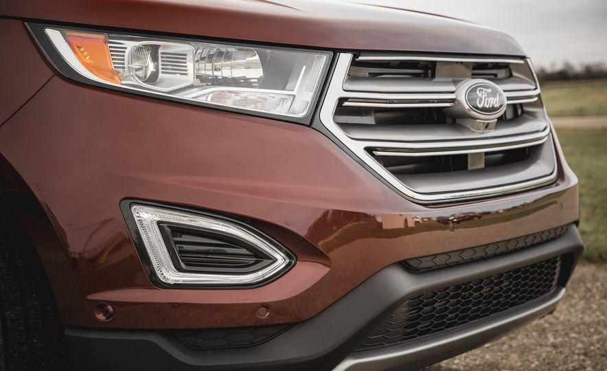 2015 Ford Edge Titanium 2.0T EcoBoost - Slide 11