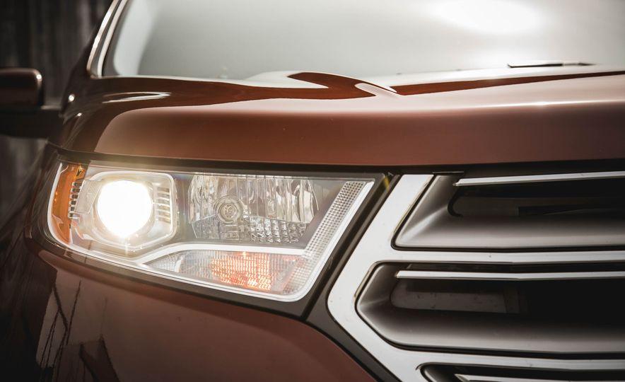 2015 Ford Edge Titanium 2.0T EcoBoost - Slide 12