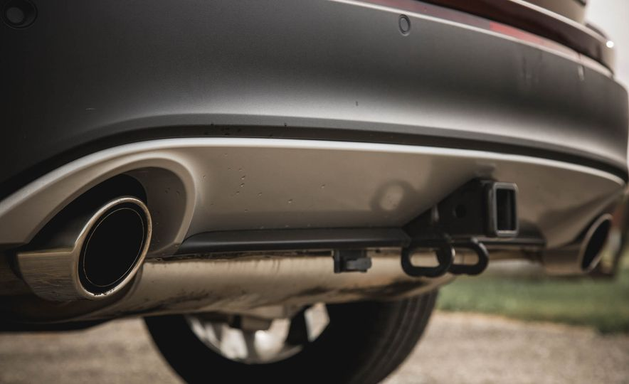 2015 Ford Edge Titanium 2.0T EcoBoost - Slide 19
