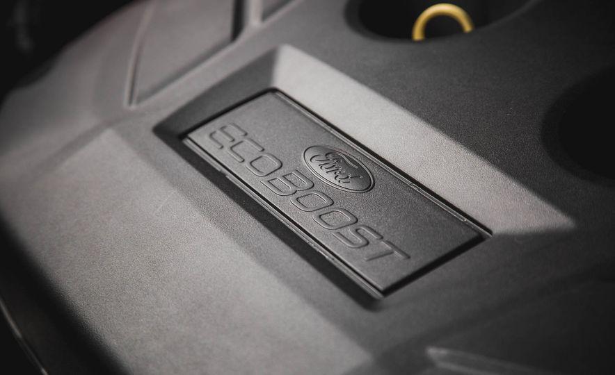 2015 Ford Edge Titanium 2.0T EcoBoost - Slide 37