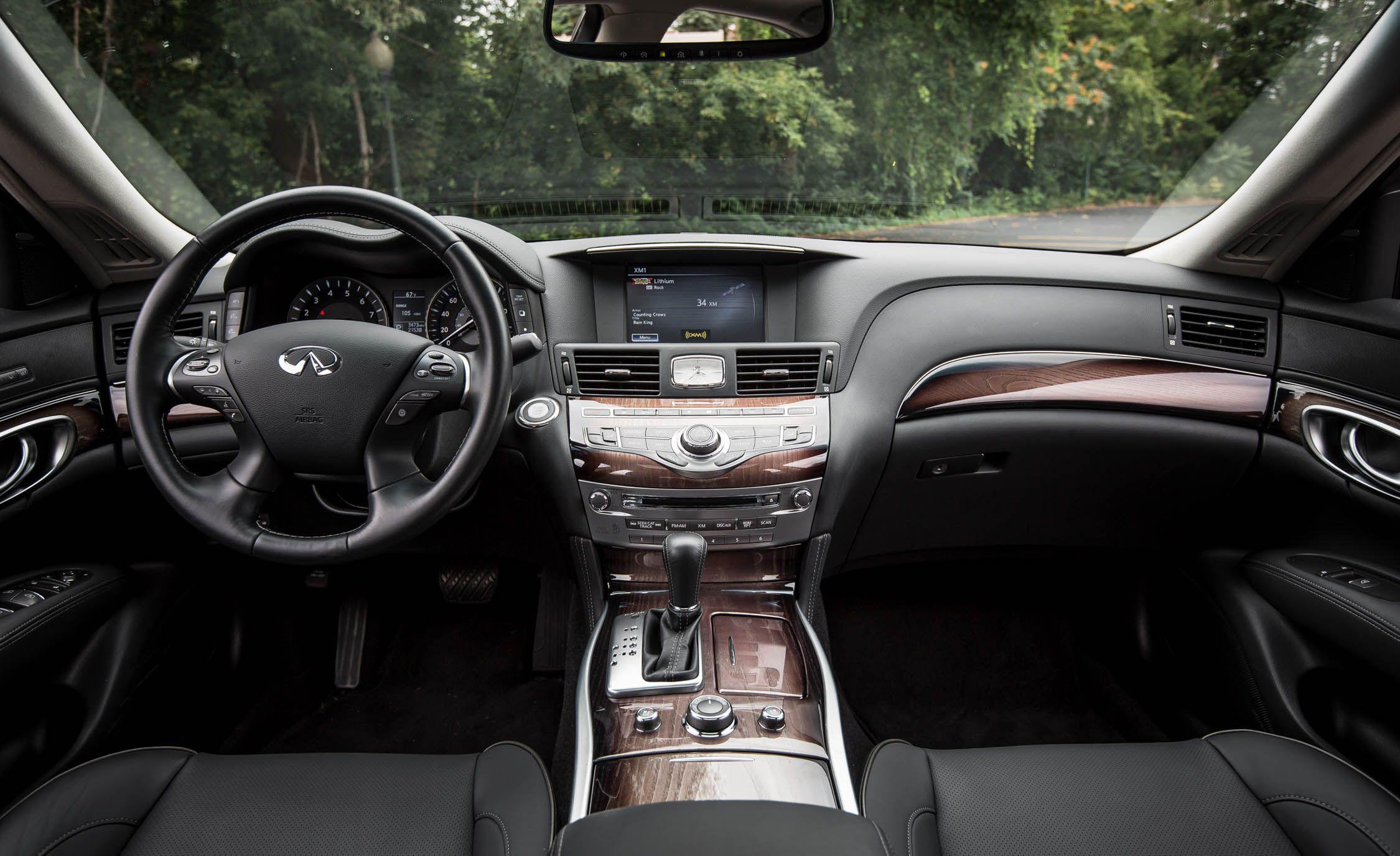 2019 Infiniti Q70 Reviews Price Photos And Specs Car Driver