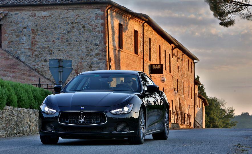 2015 Maserati Ghibli - Slide 1