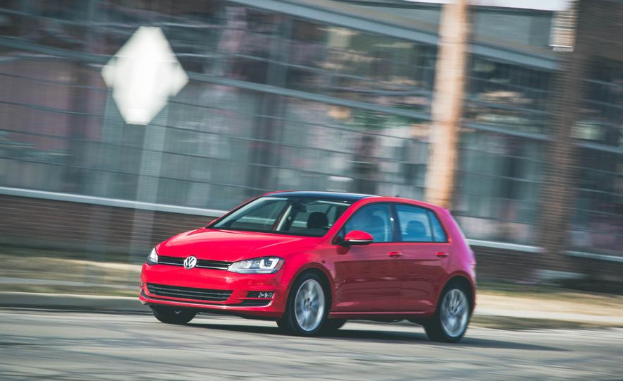 2015 Volkswagen Golf 1.8T TSI - Slide 35