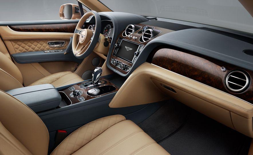 2017 Bentley Bentayga - Slide 35