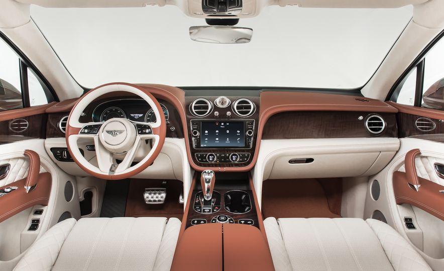 2017 Bentley Bentayga - Slide 42