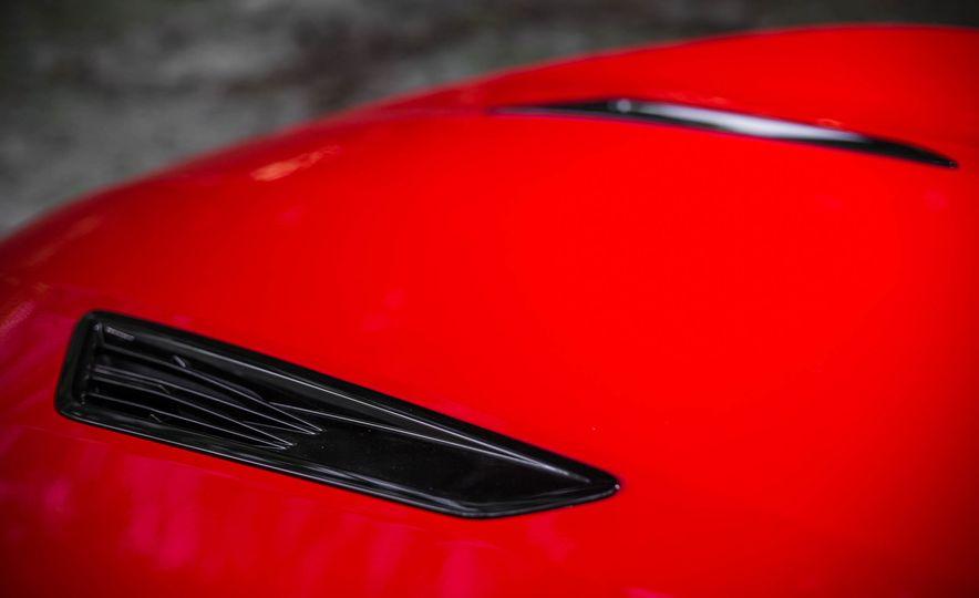 2016 Chevrolet Camaro SS - Slide 9