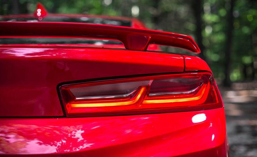 2016 Chevrolet Camaro SS - Slide 11